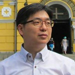 Jongpil Lee