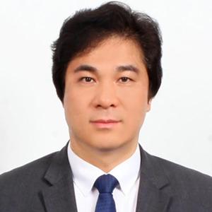 Dr Woong Hwan Ryu